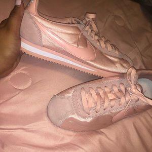 Nike Cortez pink women